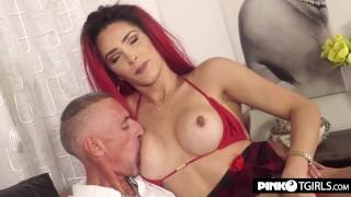 Valentina Melo breaks Raul's ass