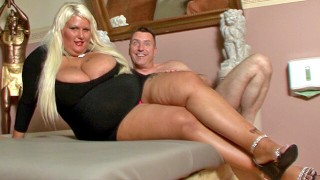 Super thick woman not shy with cock