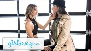 Girlsway Kristen Scott Snitches for Casey Calvert's Snatch
