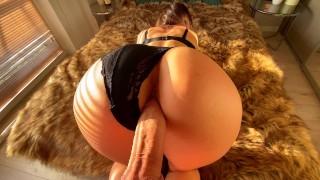 Sex Tape with Horny Sexy Teen Mia