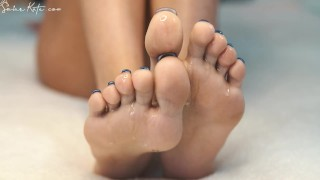 awesome feet and hands, feather tease and oil massage close up