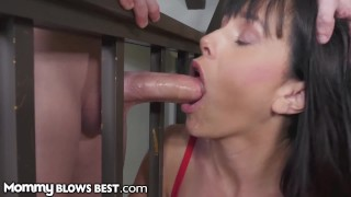 MommyBlowsBest - Taking Advantage While StepMom's Stuck