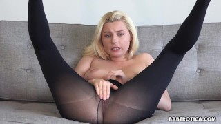 Solo blonde, Carolina Sweets is wearing nylons, in 4K