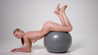 Jane F. exercises naked