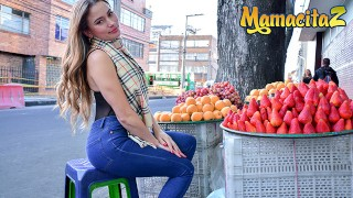 Carne Del Mercado - Big Booty Latina MILF Gets Her Wet Pussy Fucked