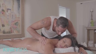 Kinky Spa - Hot babe Missy Martinez Gets Oil Massage And A Hard Fuck