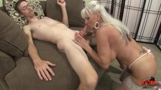 Mature MILF cannot get enough YOUNG COCK