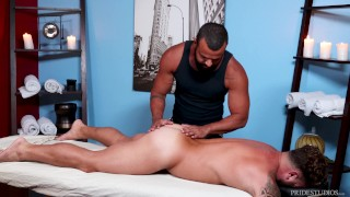 MenOver30 - Beefy Bear Massage