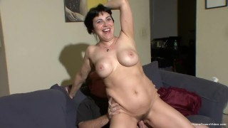 Horny amateur couple make their first homemade video