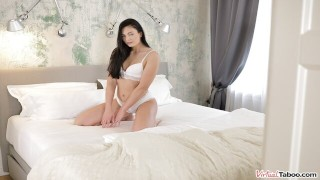 VIRTUAL TABOO - Pure Souled Chick Leanne