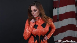 Tessa Fowler jack o'lantern costume ready for her Halloween