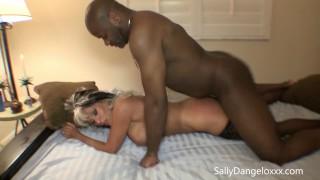 Married wife FUCKS BLACK GUYS