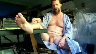Unk's robe opens