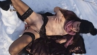 Public EXTREME CHEATING in front of CUCKOLD# Thank You Mr.SNOWMAN FOR 3 SQUIRTING ORGASMS # 日本国立公