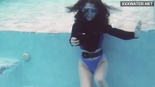 Watch Emi Serene cum underwater