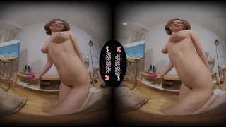 Solo brunette fuck doll, Chicago is masturbating, in VR