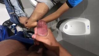 RICA BLOWJOB IN BATHROOM WITH SEX TWITTER GLORIACDMX