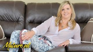 Canadian MILF Velvet Skye Is Teasing & Pleasing