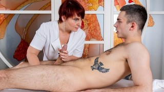 MATURE4K Mature woman has pussy humped by hung macho in massage parlor