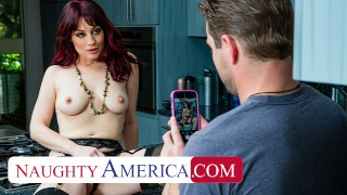 Naughty America - Jessica Ryan gets wet when she see's the pool boy's stick