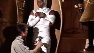 Randy Cochran is a horny mummy in MYSTIC MUSEUM (1990)