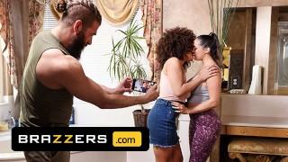 Brazzers - Sofi Ryan, Nina Diaz & Xander Corvus Film Themselves While Having An Impromptu Threesome
