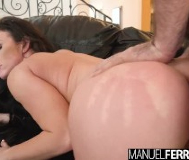 Manuel Ferrara Jennifer White Takes A Pounding In Her Ass