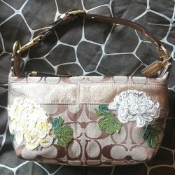 Coach Cream Pink And Gray Flowers   Gardening  Flower and Vegetables ccb685168b