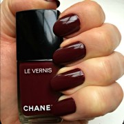 chanel makeup vernis nail polish