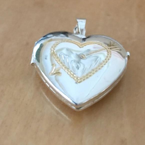 heart locket pendant valentine