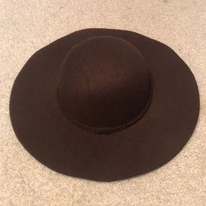 dark brown floppy hat