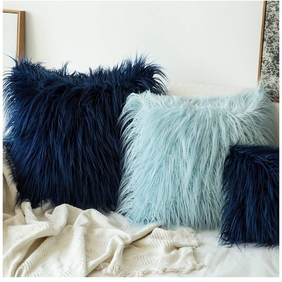 navy blue faux fur pillow case