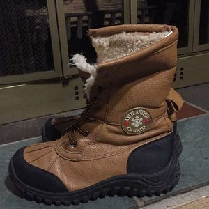 Outlander Canada Shoes   Boots Size 39 Brown And Black ...