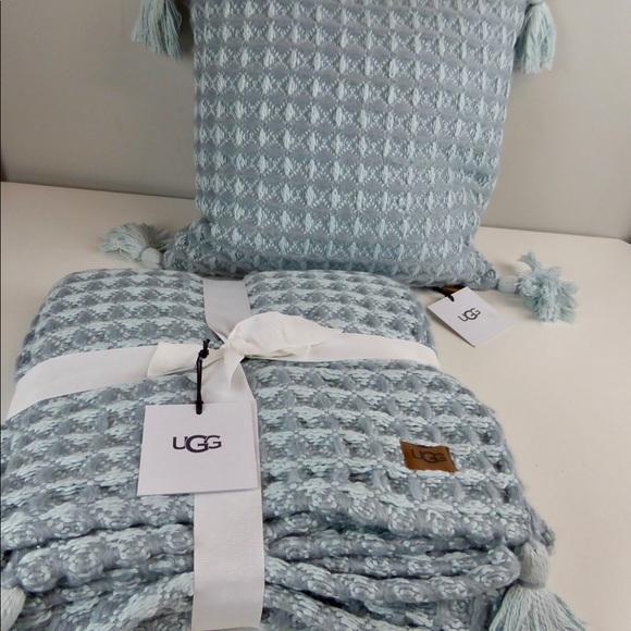 ugg tassel cabrillo waffle blanket pillow set