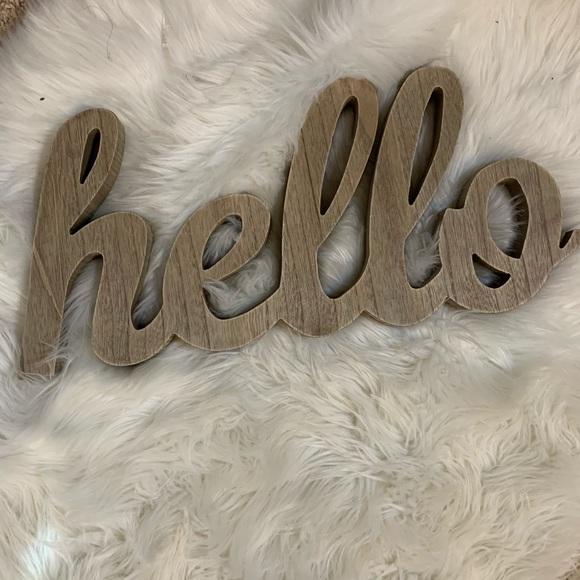 hobby lobby hello sign