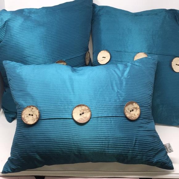 thro marlo lorenz decor turquoise pillows buttons