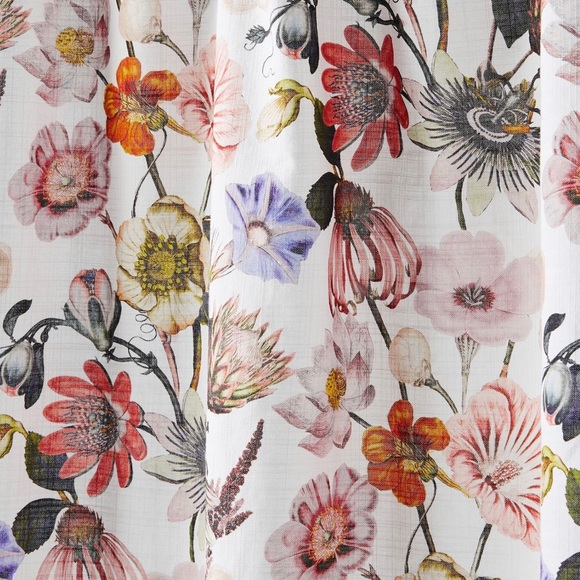 new anthropologie daisy floral shower curtain