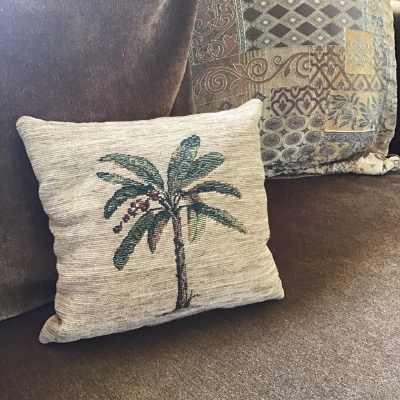 small palm tree accent pillow