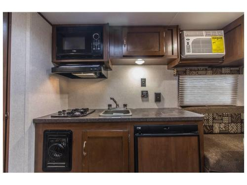 small resolution of jayco 145rb baja travel trailer