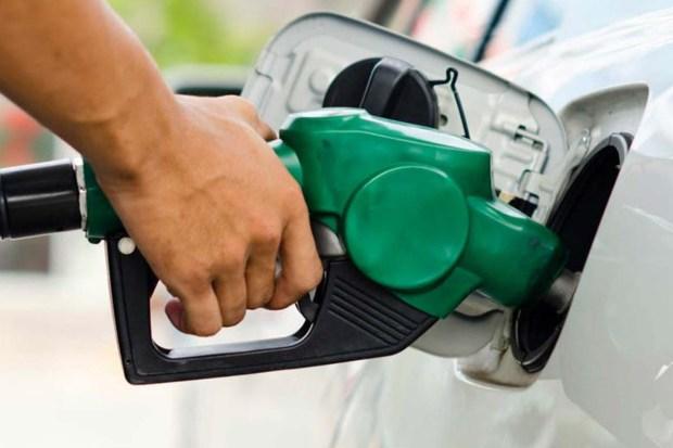Gasolina já custa mais de R$ 5 em Cachoeiro