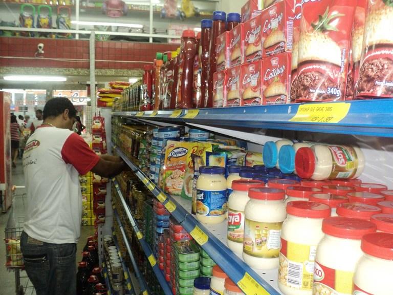 Diferença de preços chega a 206% nos supermercados de Cachoeiro. Veja tabela do Procon