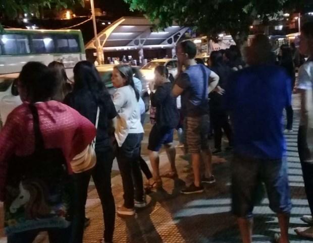 Servidores fazem manifestação pedindo mudanças no plano de cargos e salários