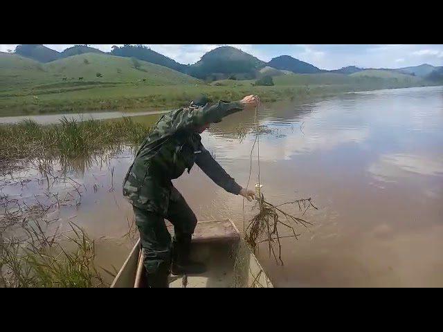 Polícia Ambiental apreende 196,5 metros de rede de pesca em Alegre