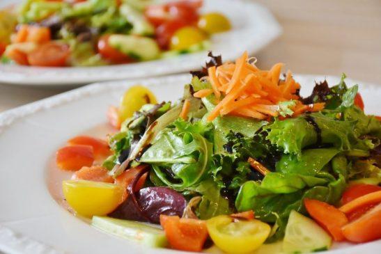 Confira uma lista de alimentos que podem influenciar na saúde mental