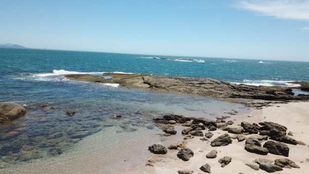 Ilha_dos_franceses_9