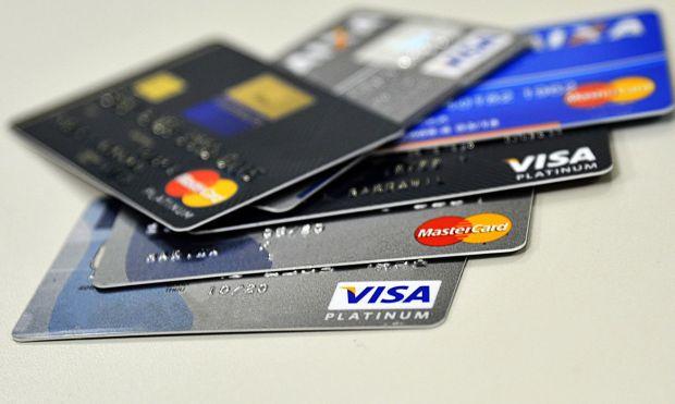 Cartão de crédito vai usar valor do dólar do dia da compra