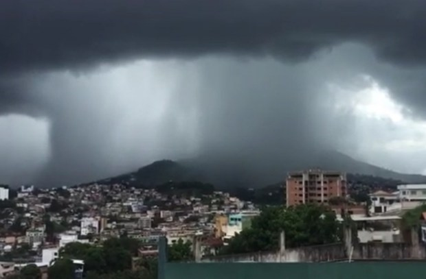 Sábado com tempo fechado no Sul e chance de grande volume de chuva