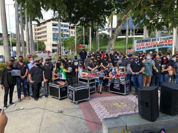 Profissionais do setor de eventos protestam em Cachoeiro