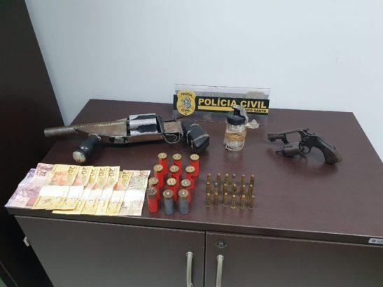 Policiais civis apreendem granada e armas em Guarapari
