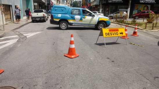 Atenção motoristas: trânsito no Centro de Cachoeiro segue com desvio
